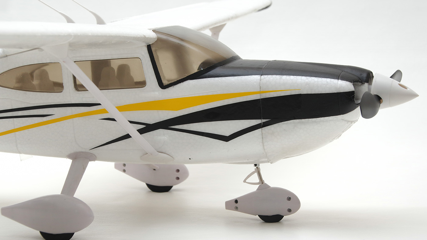 Cessna 182 Sky Trainer Arrows RC