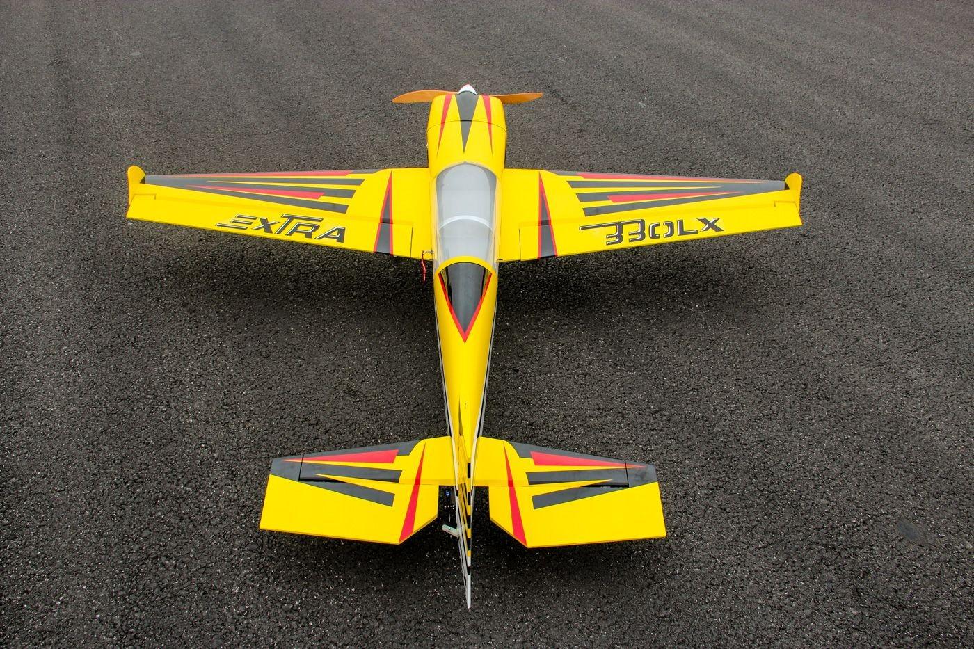 Extra 330 LX Pilot RC